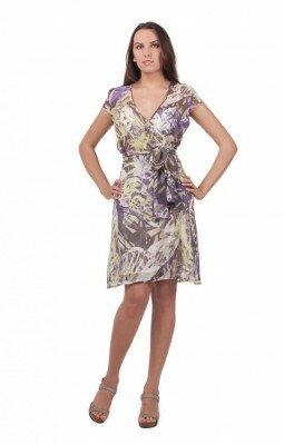 короткое летнее платье с запахом