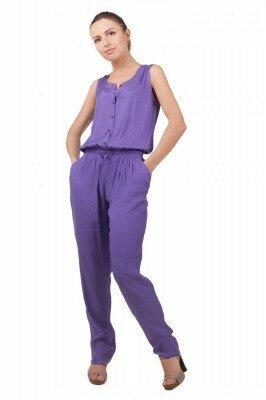 фиолетовый комбинезон летний с зауженными брюками