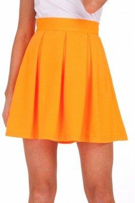 оранжевая короткая юбка в складку