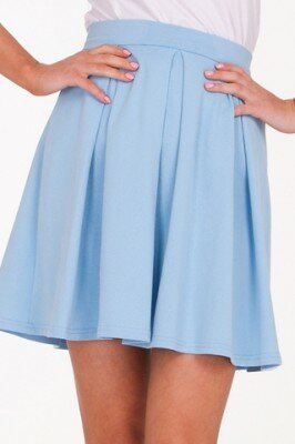 голубая короткая юбка в складку