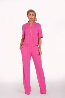 розовый стильный комбинезон с брюками