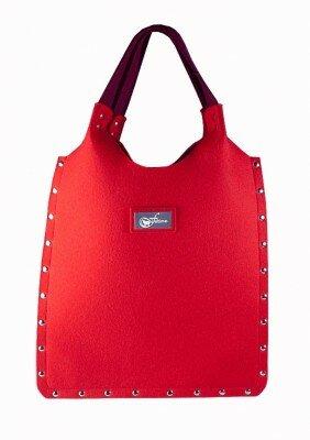 малиновая женская сумка из фетра