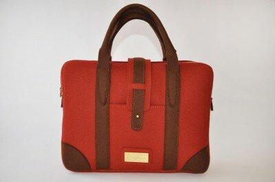 сумка красная из фетра