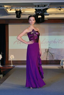 фиолетовое вечернее платье длинное на одной бретели