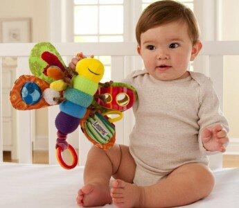 Выбираем развивающие игрушки для малышей