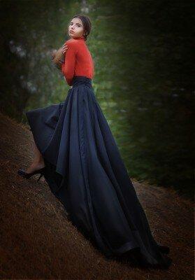 длинная ассимметричная юбка