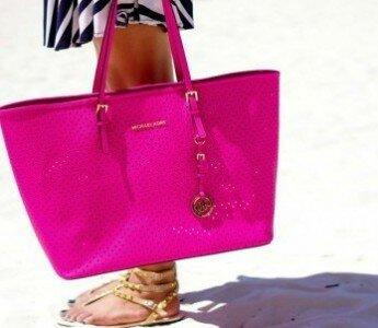 Список сумок, которые должны быть у каждой модницы!
