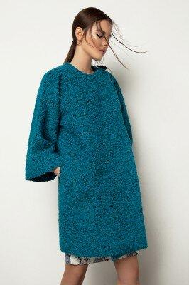 пальто на весну бирюзовое ткань букле