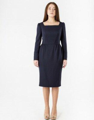 офисное чёрное платье с квадратным вырезом