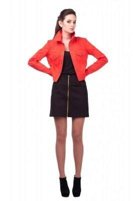 красная лёгкая укороченная курточка