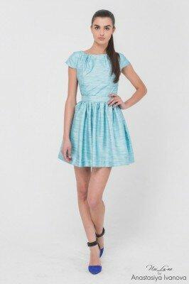 платье короткое голубое с разводами с пышной юбкой нарядное онлайн