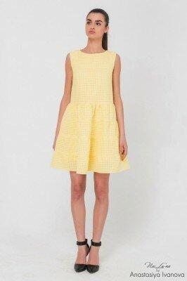 жёлтое короткое платье с наборной пышной юбкой цена