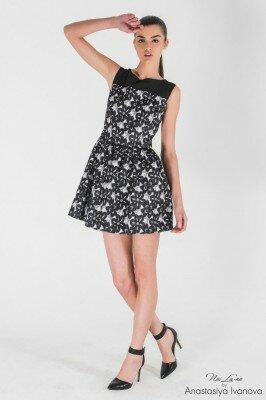 короткое маленькое чёрно белое платье с отрезной талией