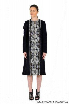 чёрное платье с белой вышивкой цена