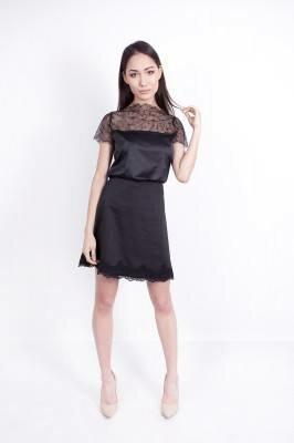 короткое чёрное платье с кружевной отделкой цена