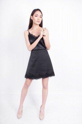 короткое чёрное платье с обрезной талией купить