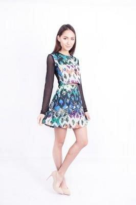 цветное платье с разрезом в области живота цена