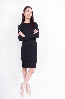 офисное трикотажное платье чёрного цвета в магазине