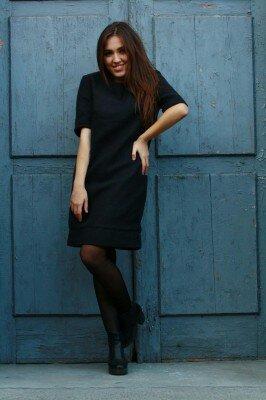 чёрное платье прямого кроя зима-весна 2017