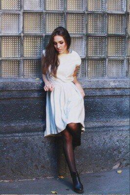 платье кремовое с коротким рукавом купить