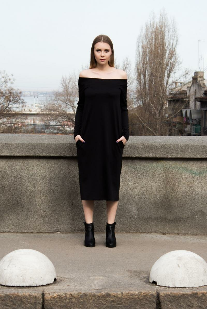 Прямое трикотажное платье от Natalia Kravchenko